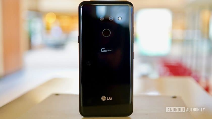 LG G8 ThinQ Review rear panel