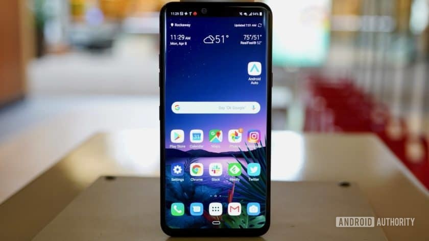 LG G8 ThinQ Review display