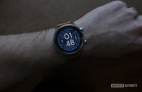 Moto 360 2019 review on wrist watch face 4