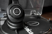 Best headphones under 100. Audio Technica ATH M40x.