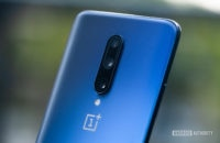 OnePlus 7 Pro cameras with logo