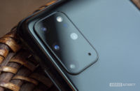samsung galaxy s20 plus review rear cameras close up 3