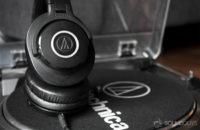 Best headphones under 100. Audio Technica ATH M40x.