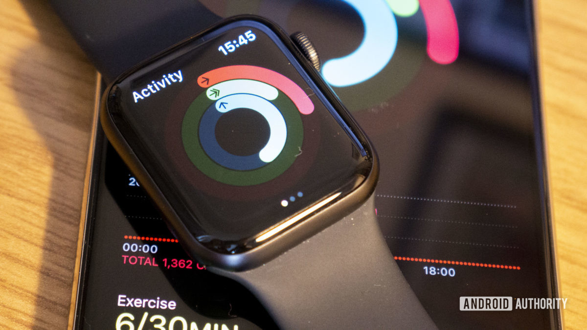 Galaxy Watch Active 2 vs Apple Watch Series 5 Activity Tracking