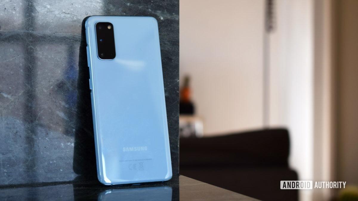 Samsung Galaxy S20 Back 3