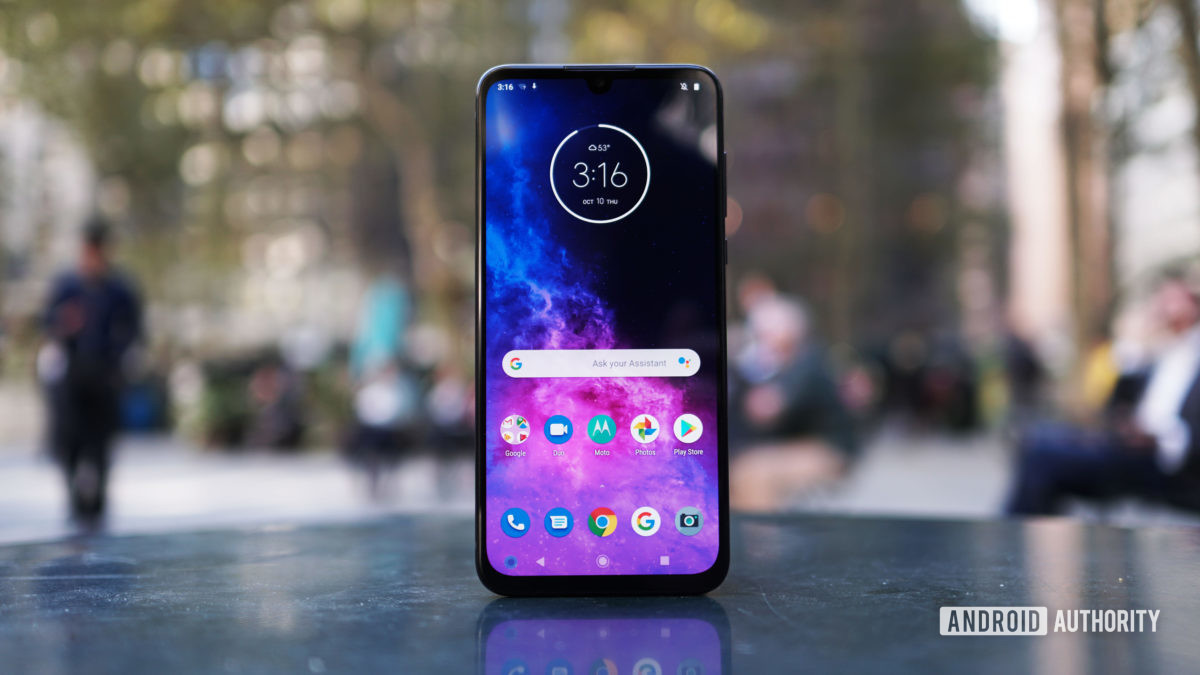 Motorola Moto One Zoom best phone deals